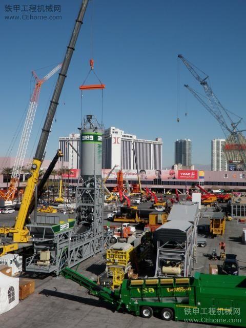 Conexpo2011工程机械展会海量图片