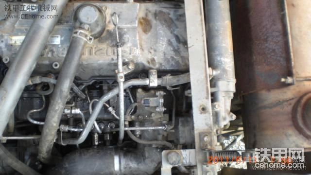 自己换爱机日立ZX240-3挖掘机电喷嘴-帖子图片
