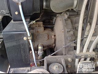 神钢60-C小挖的洋马发动机