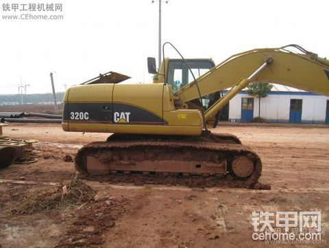 看看咱的机器(卡特与现代挖掘机)
